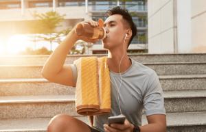 Tập GYM nên uống nước gì là tốt nhất?